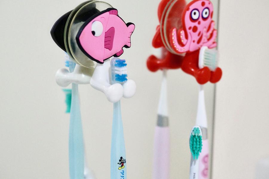 Пять простых, но очень важных правил пользования зубной щёткой